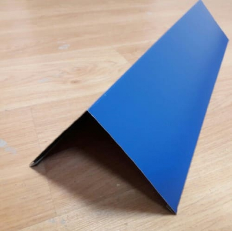 Угол наружный плоский 100х100х2000 толщина 0,5 мм.